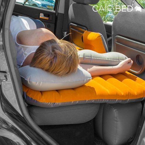 Nafukovací matrac do auta